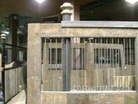 camden-market-stables-steel-cast-iron-01