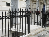 fitzroy-square-steel-cast-iron-railings-03