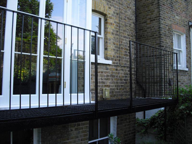 Steel Balcony Arc Fabrications