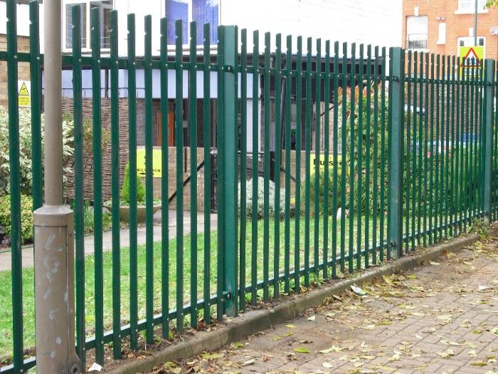 steel-palisade-fencing-carlton-school-maidavale-london-10[1]
