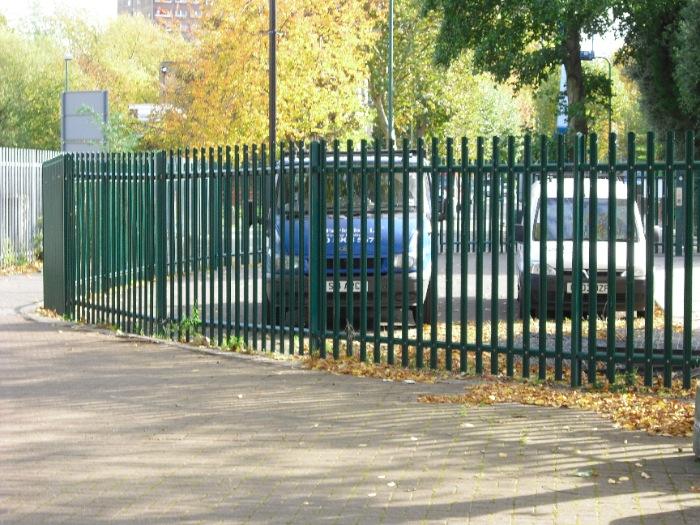 steel-palisade-fencing-carlton-school-maidavale-london-6[1]