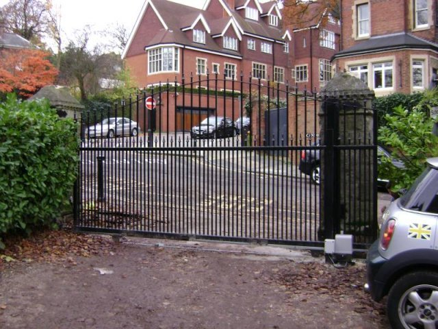 Automatic Gate Mild Steel with Cast Iron Head
