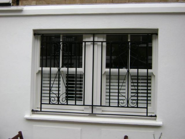 04-Mild_Steel_Security_Window_Grill