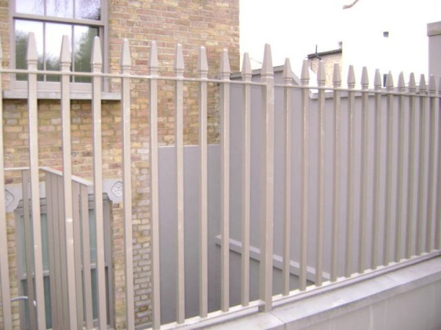 Mild Steel Railings London with Cast Iron Finials