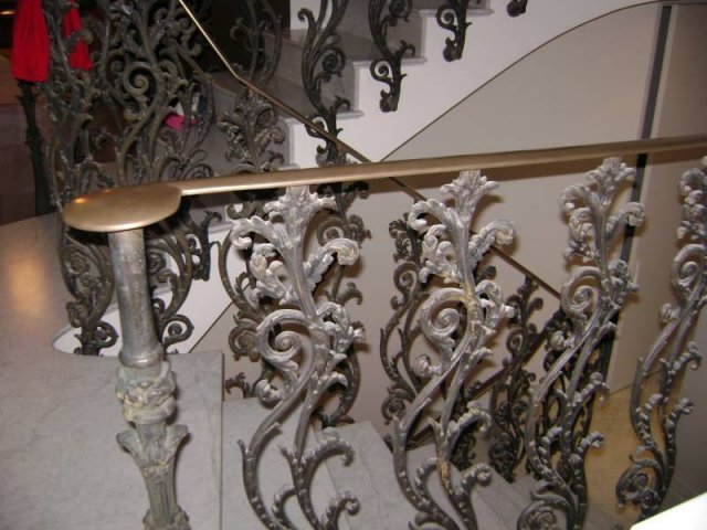 20-Cast_Iron_Spiral_Staircase