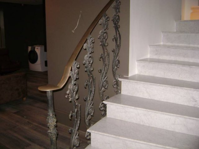 22-Cast_Iron_Spiral_Staircase