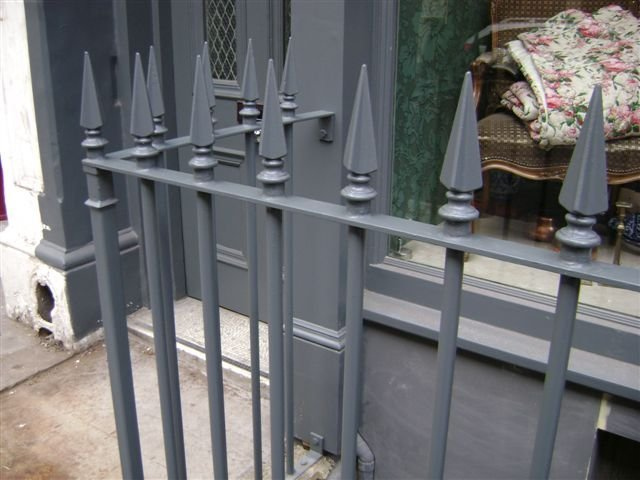23-Mild_Steel_Railings_Cast_Iron_Finials