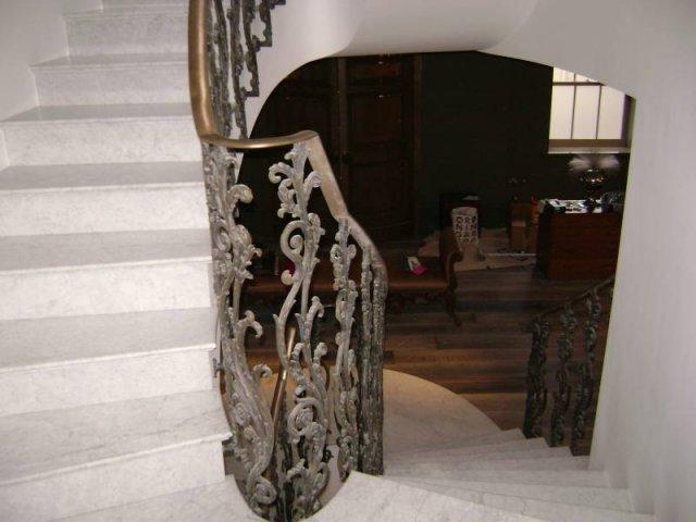 24-Cast_Iron_Handrail